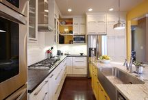 Kitchen / by Hailey LeDoux Scott