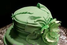 Lady hat cakes