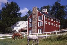Mount Vernon Home Addition / The Mont Vernon barn-style addition adjoins to a classic 1800′s cape. The addition blends and meshes with the architecture of the existing classic New England farmhouse.