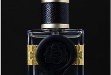 Fragrance Luxe Black White Gold