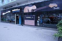 Woodbrass Stores Paris / Oubliez toutes vos références, bienvenue dans les Woodbrass Stores !