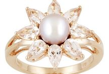 Jewelry I Want / by Kayla Beck