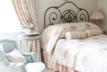 Shabby Chic Bedroom Furniture / <3 Shabby Chic Bedroom Furniture