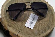 Erkek Güneş Gözlüğü / Erkek güneş gözlüğü modelleri indirimli fiyatlarıyla Outlet Çarşım'da. En ucuz fiyatlı güneş gözlüklerini hemen satın al!