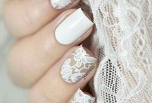 Blooming nails