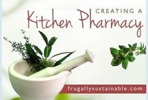 Natural Cures/Homemade Remedies / by Kimberly Auzins