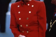 THE MILITARY SUIT KATE AND DIANA / Clothing fashion