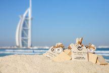 Experience 2 Camel Soap Factory /  De 'Camel Soap Factory'  gevestigd  in  Dubai is  producent van  handgemaakte zeep.  Deze  zeep, zonder chemicaliën, bestaat puur uit kamelenmelk en olijfolie. De vocht inbrengende zeep, is geschikt voor het gezicht, het haar en het lichaam.