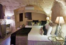 ROMANTIC GUEST ROOMS / Romantic guest houses and bed and breakfast around the world