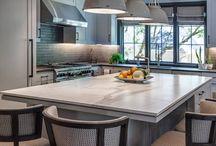 Light Toned Kitchen Ideas