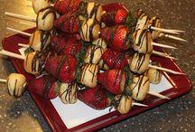 Delectable Desserts / by Susan Stringham