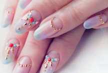 Art on 【NAIL】 / Make your more beautiful by yourself. Even just nails. It's also effective. / by Vita Ma