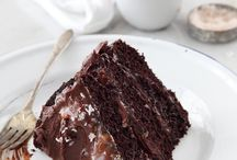 Chokolate and caramel cake