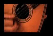 Traditional strings / Instrumentos de corda tradicionais