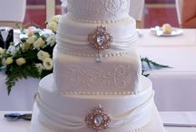 Sparkling wedding cakes and weddings