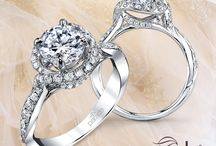 Engagement Rings / What's current in modern engagement ring design.