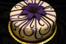 Ladies elegant cakes