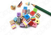 Perle in acrilico e resina / Carrellata di perle  in acrilico e resina disponibili sul sito www.gugapluff.it