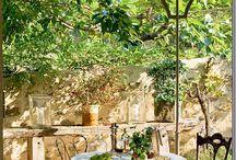 Cool mamka's gardens