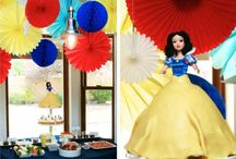 Parties: Snow White / by Meg McNulty