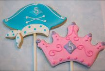 Princess and Pirate Party Ideas / princess and pirate party ideas • princess and pirate invitation ideas • princess and pirate cake ideas • princess and pirate decoration ideas • princess and pirate party supplies • princess and pirate party favor ideas and more!