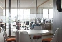 Spazi - Spaces / Ambienti moderni dal design senza tempo, caratterizzati dall'impiego di materiali puri, riciclabili e naturali  realizzati dai maestri artigiani e dai migliori  brand della produzione internazionale.
