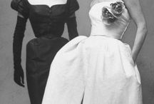 Scandinavian design and the 50s / Compare the jewelry and Scandinavian design with the predominant style in the 50s