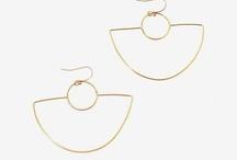 Jewelry | Earrings / by Tenika Seitz