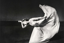 Dance&Danza / by Helena Estrada