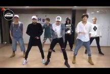 BTS-choreographic videos~