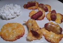Low Carb Appetizers / by Lisa Peel