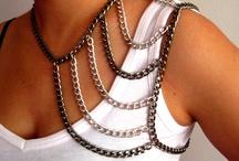 Jewellery / Shoulder jewellery