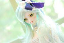 Beautiful Dolls / by Miranda Bartlett