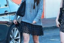 Selena Gomez Almoça com Lily Collins