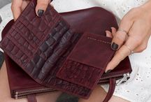 Luxury leather travel accessories DAPHNY RAES / High-quality vegetable tanned leather travel goods that last!