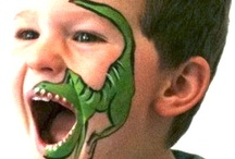 dinosauro.dipinto in faccia