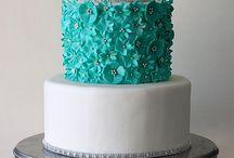 Fabulous Wedding Cakes / by Royal Oak Inn & Suites, Brandon Manitoba