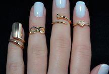 anillos y algo mas