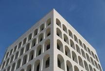 Forme architettoniche urbane / forme architettoniche degli insediamenti urbani grandi e piccoli, moderni e non, comuni o famosi, italiani e non
