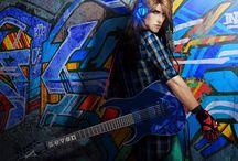 Pintando el Rock / Imagenes de portadas utilizadas en GRT Facebook y GRT Twitter. Se trata de homenajear a aquiellos que expresan y viven el Rock a través de las artes plásticas.