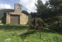 """""""Land Art Andorra 2015"""" - On Art i Natura es donen la mà / Land Art dóna un valor artístic a quelcom produït per l'home a la natura, barrejant dos conceptes inicialment oposats, l'efecte de l'home i la naturalesa en estat salvatge.  Del 10 de setembre al 10 d'octubre Andorra presenta la Biennal """"Land Art Andorra 2015"""".  Descobreix-ho de la mà d'ARTxTu!: www.artxtu.com"""