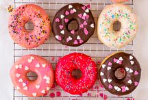 EAT // Donuts / All donutty loveliness - with holes and withou