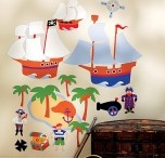 Pirate themed bedrooms / Bedding, storage, mirrors, wall stickers and more in fun pirate themes to create a great pirate bedroom.