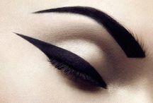 Makeup / by Gabriela