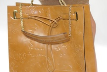 Alviero bags