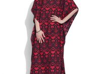 Cotton Printed Kaftans- Women / Go easy breezy with the delightful range of Kaftans tops and spend a relaxed evening with friends. Select from a mélange of colors, sizes, fabrics and designs and give a perfect addition to your closet.