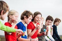 Fotoshoot NewBasics4Kids.nl: hippe en comfortabele basic kinderkleding. Chill, Play, Enjoy ! / Fotoshoot website www.NewBasics4Kids.nl. Hippe & comfortabele basic kinderkleding Gewoon gemaakt in Nederland. Chill, Play, Enjoy ! Basic shirts, Basic jurkjes en kinderleggings in 10 kleuren, het hele jaar uit voorraad leverbaar.