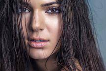 Makeup Mara Grams