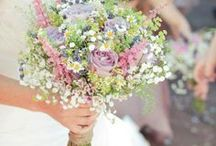 Pastel Wildflower Bouquet Ideas / Make your own custom wildflower bouquet with a wedding flower kit from itsbyu.com! Our kits give you the exact number of flowers, the tools, and ribbon, and a streaming video that shows you how to do it, step-by-step. Check us out online today, or email us at hello@itsbyu.com with your ideas and to get a free DIY flower arranging package quote!