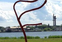 Sculpture Park / Showcasing a variety of visually interesting and beautiful sculptures.